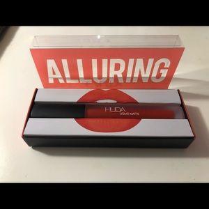 Brand New Limited Edition HUDA beauty Lip Matte